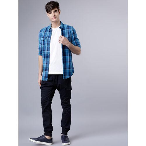 LOCOMOTIVE Men Navy Blue & Blue Slim Fit Checked Casual Shirt