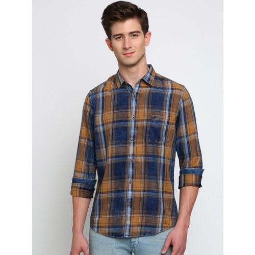 Crocodile Men Blue & Orange Slim Fit Checked Casual Shirt