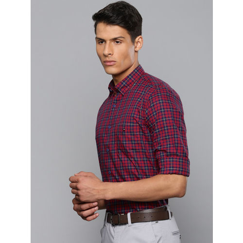 Louis Philippe Sport Men Red & Navy Blue Slim Fit Checked Smart Casual Shirt