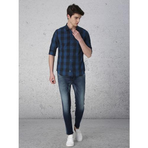 Ecko Unltd Men Blue & Black Slim Fit Checked Casual Shirt