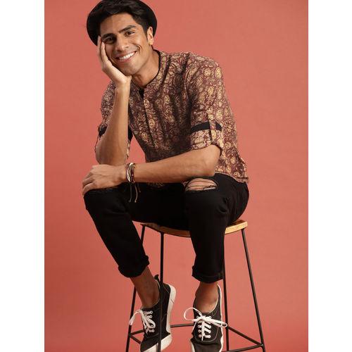 Taavi Men Brown Kalamkari Block Printed Regular Fit Casual Shirt with Roll-Up Sleeves