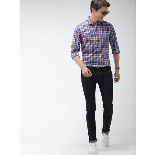 Mast & Harbour Men Maroon & Blue Regular Fit Checked Casual Shirt