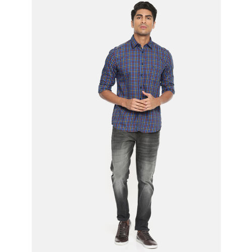 Parx Men Blue & Yellow Slim Fit Checked Casual Shirt