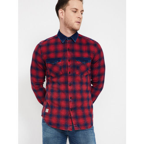 Forca Men Red & Navy Blue Slim Fit Checked Casual Shirt