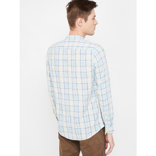 Forca Men Blue & Off-White Slim Fit Checked Casual Shirt