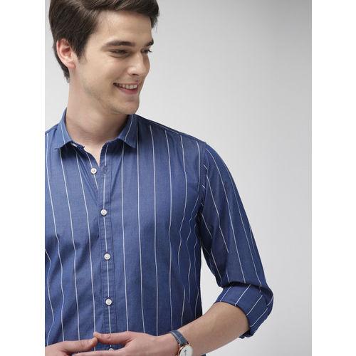 Mast & Harbour Men Blue & White Regular Fit Striped Casual Shirt