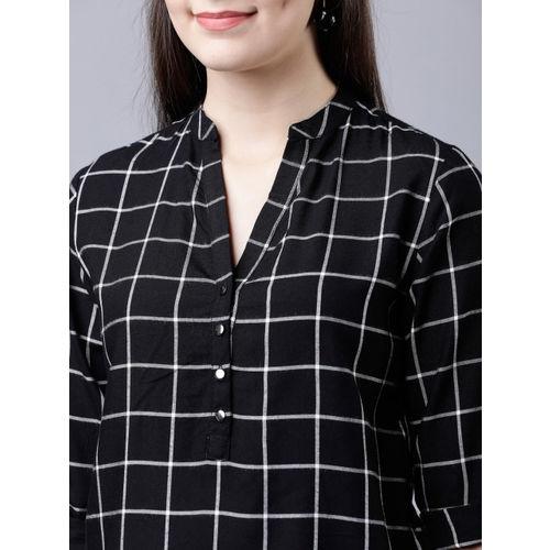Tokyo Talkies Women Black & White Regular Fit Checked Casual Shirt
