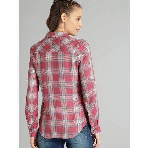 Roadster Women Pink & Sea Green Regular Fit Checked Casual Shirt