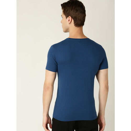 United Colors of Benetton Men Blue & Red Printed Round Neck T-shirt