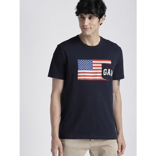 Gap Men's Logo Flag Short Sleeve T-Shirt