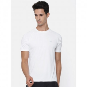 Wildcraft Men White Solid Round Neck T-shirt