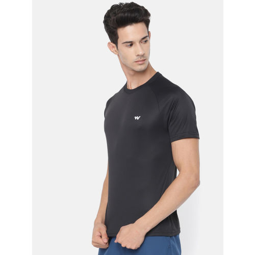 Wildcraft Men Black Solid Round Neck T-shirt