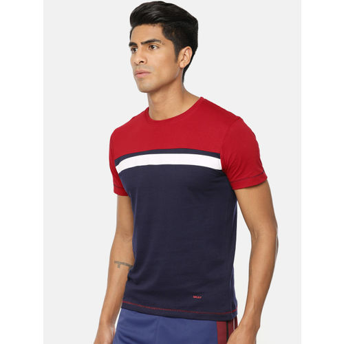 SKULT by Shahid Kapoor Men Red & Navy Blue Colourblocked Round Neck T-shirt