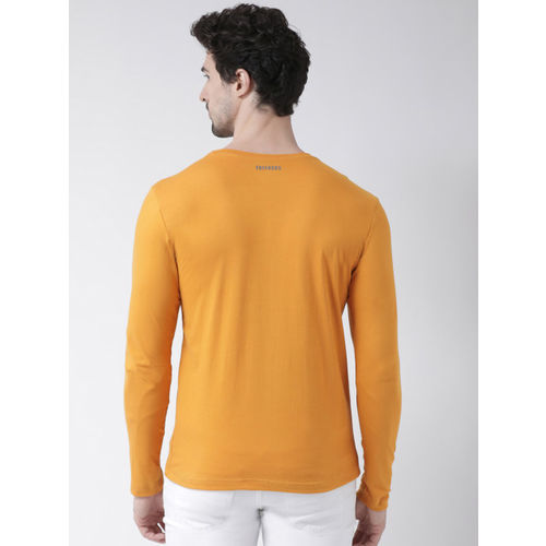 Friskers Men Mustard Yellow Solid Round Neck T-shirt