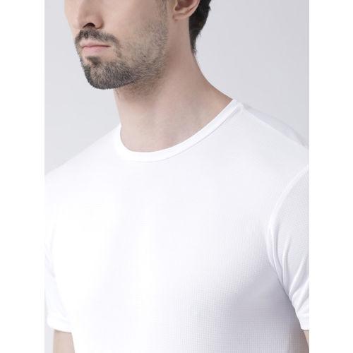 Friskers Men White Solid Round Neck Slim Fit T-shirt