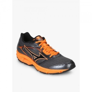Buy latest Men's Sports Shoes from AJIO, Mizuno online in