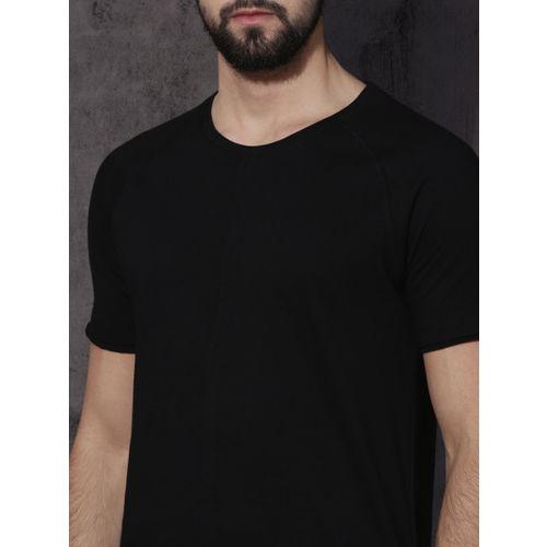 Roadster Men Black Solid Round Neck T-shirt