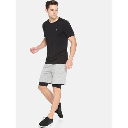 Calvin Klein Men Black Solid Reflective SS Round Neck T-shirt