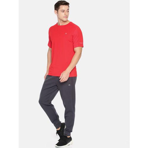 Calvin Klein Men Red Solid Round Neck T-shirt