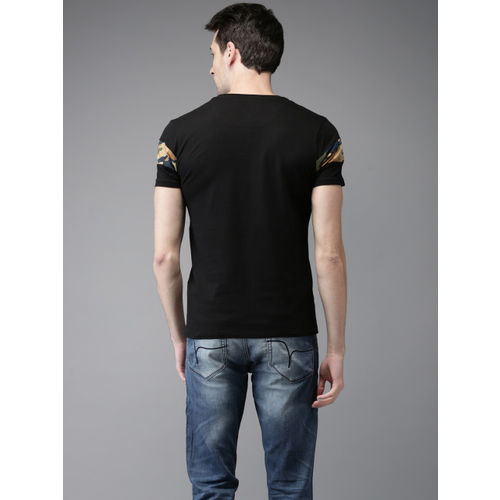 Flying Machine Men Black Printed Round Neck T-shirt