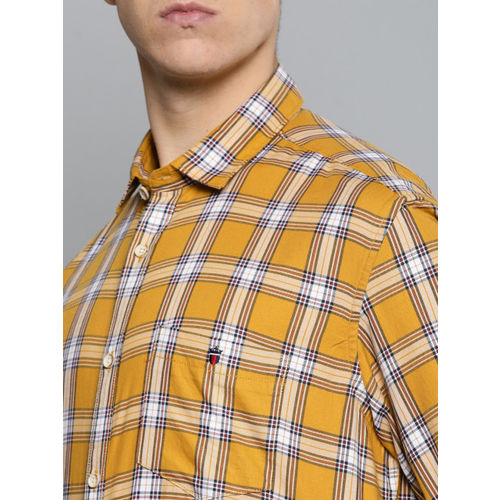 Louis Philippe Jeans Men Mustard & Navy Blue Slim Fit Checked Casual Shirt