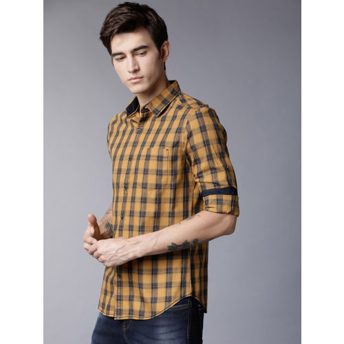 LOCOMOTIVE Men Mustard Yellow & Navy Blue Slim Fit Checked Casual Shirt