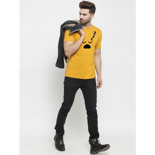 Friskers Men Mustard Printed Round Neck T-shirt