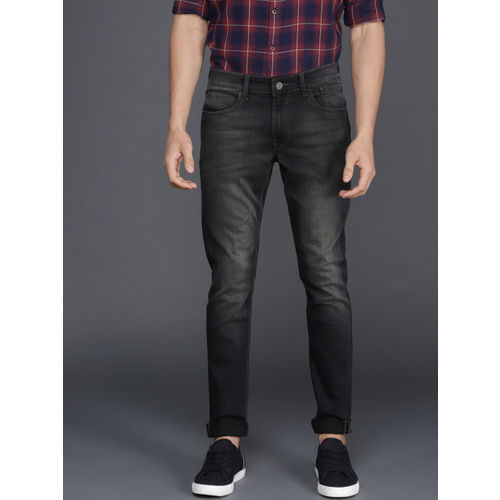 WROGN Men Black Skinny Fit Mid-Rise Clean Look Stretchable Jeans