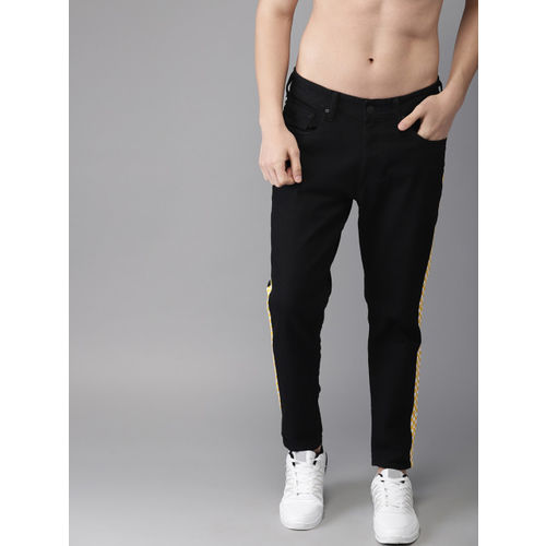 Moda Rapido Men Black Slim Fit Low-Rise Clean Look Stretchable Jeans