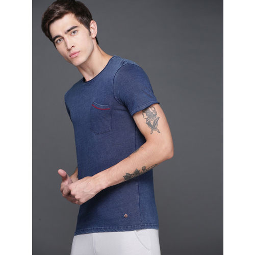 WROGN Men Navy Blue Slim Fit Solid Round Neck T-shirt