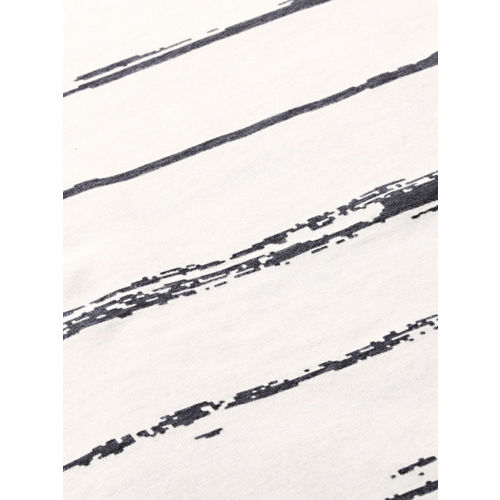 WROGN Men Off-White & Charcoal Grey Striped Round Neck T-shirt