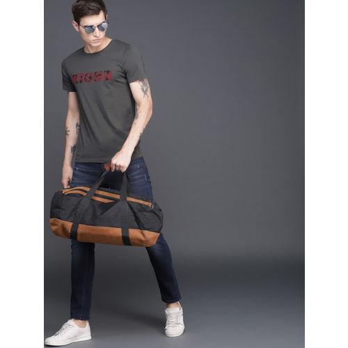 WROGN Men Charcoal Grey Slim Fit Printed Round Neck T-shirt