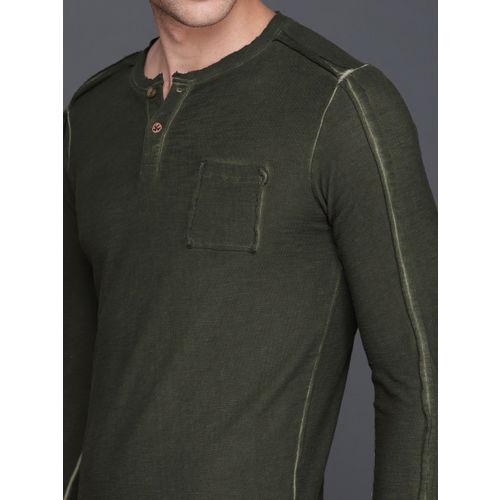 WROGN Men Olive Green Solid Henley Neck Slim Fit T-shirt