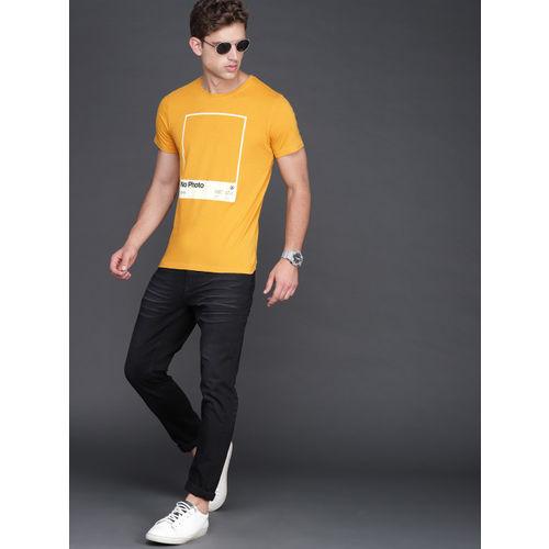 WROGN Men Mustard Yellow Printed Slim Fit Round Neck T-shirt