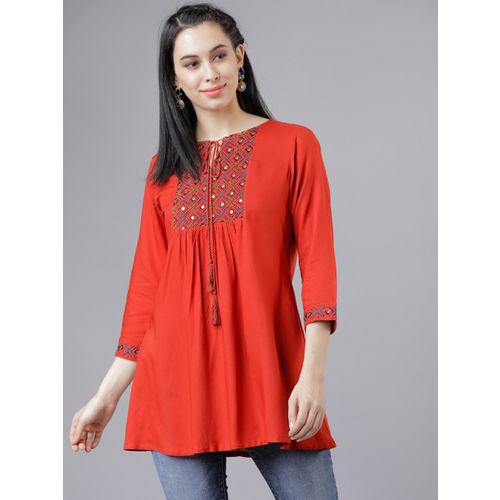 Vishudh Women Red Solid Top