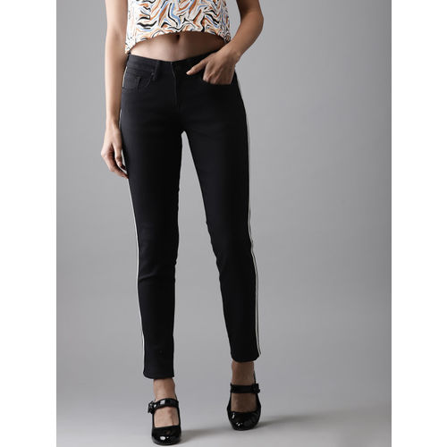Moda Rapido Women Black Slim Fit Mid-Rise Clean Look Stretchable Jeans