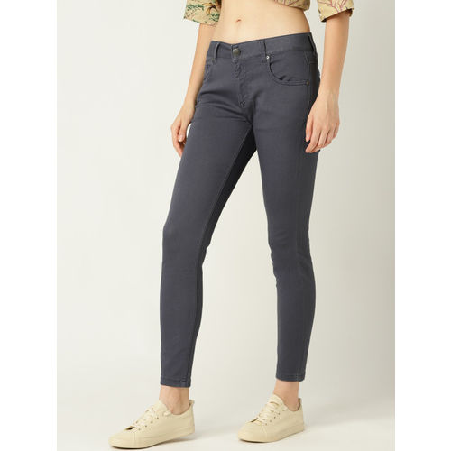 United Colors of Benetton Women Navy Blue Mid-Rise Clean Look Stretchable Cropped Jeans