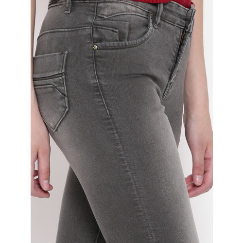 Devis Women Grey Slim Fit Mid-Rise Clean Look Stretchable Jeans