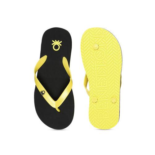 United Colors of Benetton Men Black & Yellow Printed Thong Flip-Flops