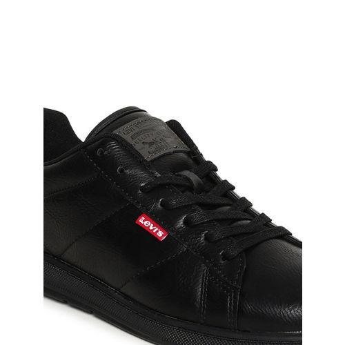 Levis Men Black Empire classic Sneakers