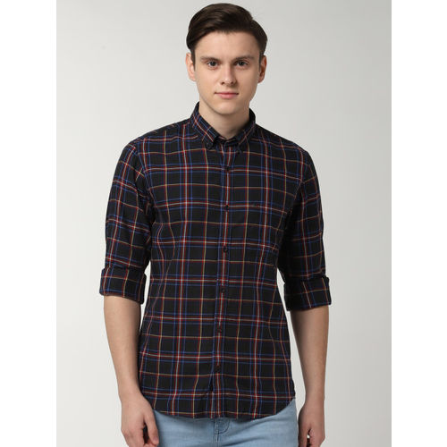 Peter England Casuals Men Black & Red Slim Fit Checked Casual Shirt