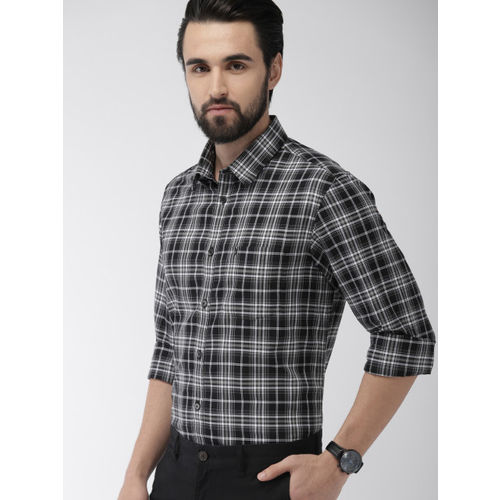 Indian Terrain Men Black & White Slim Fit Checked Smart Casual Shirt
