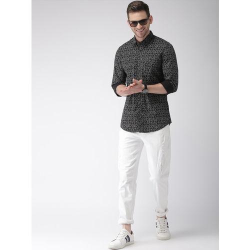 FOGA Men Black & White Slim Fit Printed Casual Shirt