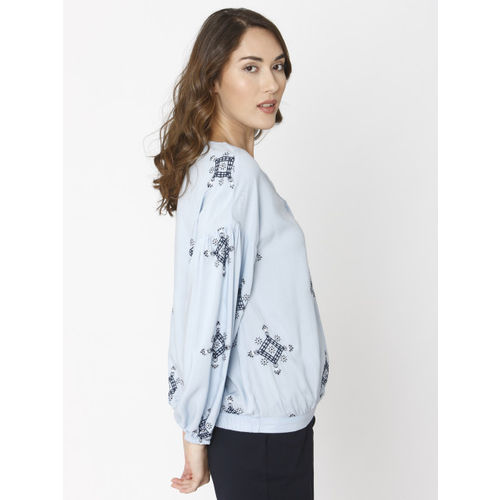 Vero Moda Women Blue Solid V-Neck Blouson Top