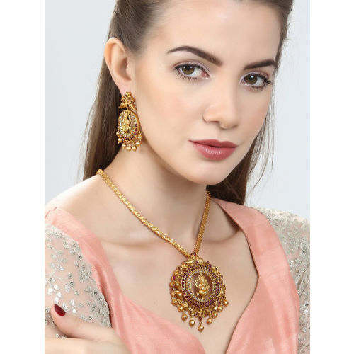 Rubans Gold-Toned & Maroon Gold-Plated Handcrafted Jewellery Set