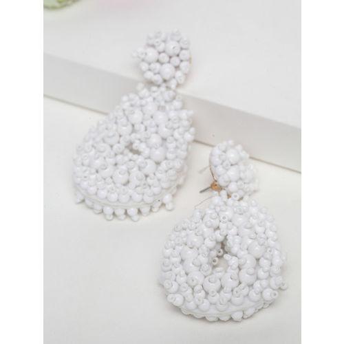 AVANT-GARDE PARIS White Teardrop Shaped Drop Earrings