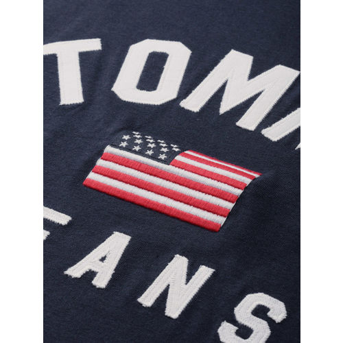 Tommy Hilfiger Men Navy Blue & White Self Design Round Neck T-shirt