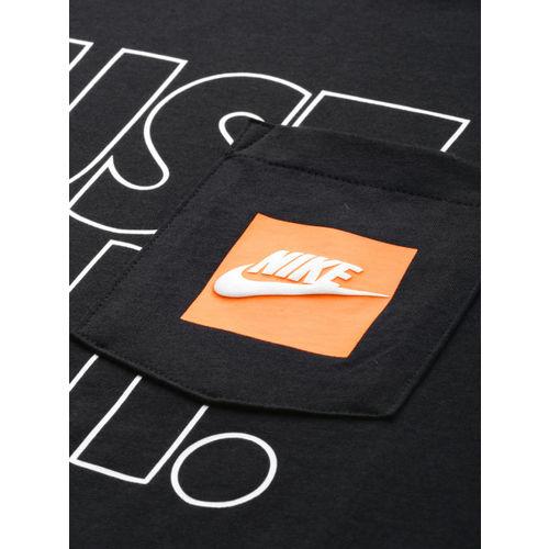Nike Men Black & White Printed Standard Fit AS KT TEE JDI OUTLIN T-shirt