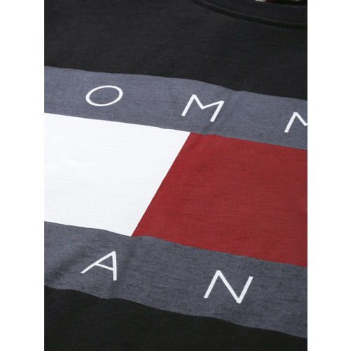 Tommy Hilfiger Men Black & White Printed Round Neck T-shirt