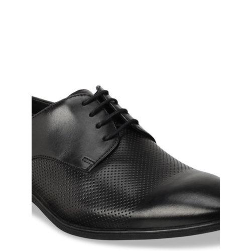 Clarks Men Black Textured Leather Derby Formal Shoes